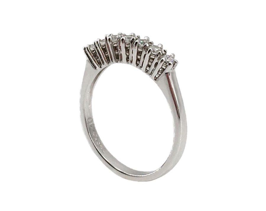 6844e8ad24ebb8 HomeAnelliDonnaAnello veretta 7 pietre diamanti ct. 0,40. -11%. Previous